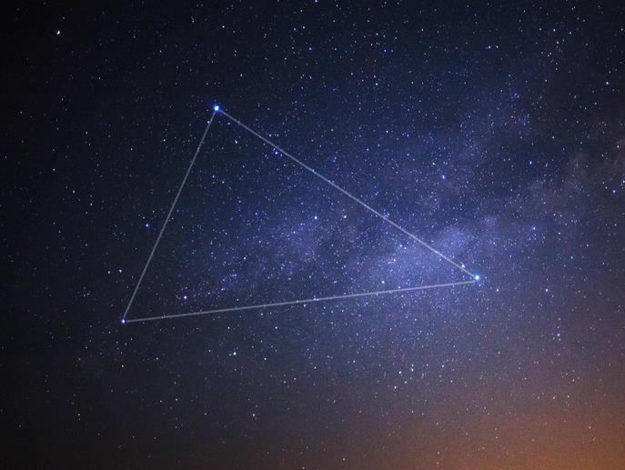 奇特天象:土木双星伴月将连续上演,肉眼可见