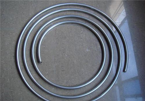 钛盘管中的钛粉有哪些主要特性?