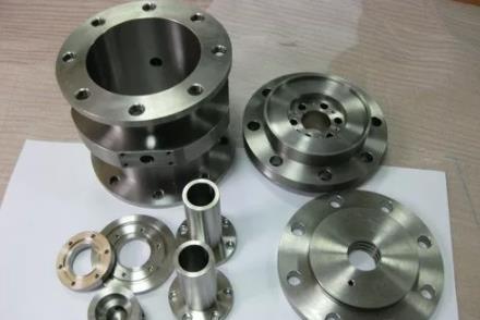 钛及钛合金铸件的应用领域实在太广泛