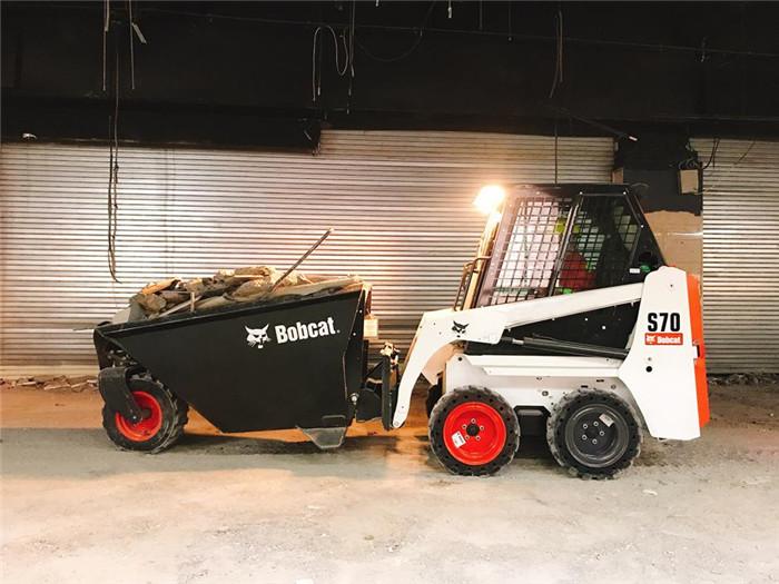 山猫S70滑移装载机