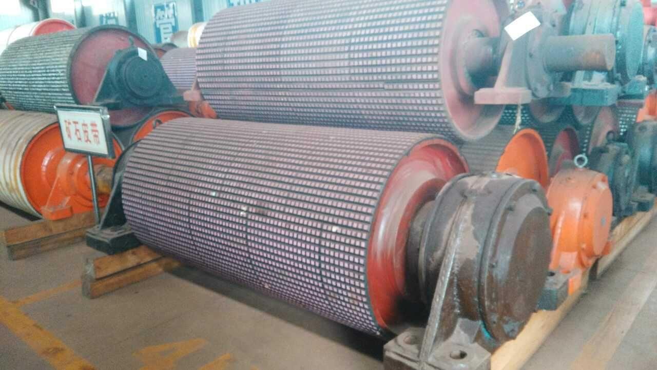 GR皮带机滚筒包胶耐磨工程
