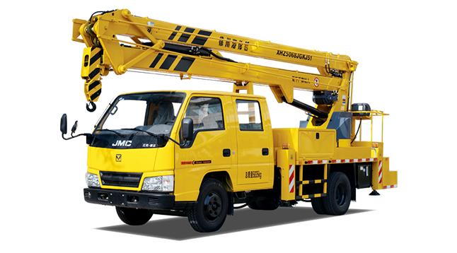 成都高空车出租-曲折臂18米