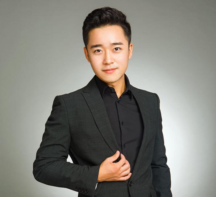 播音主持专业总监——魏金泰