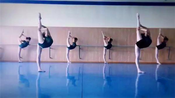 银川表演艺考培训班