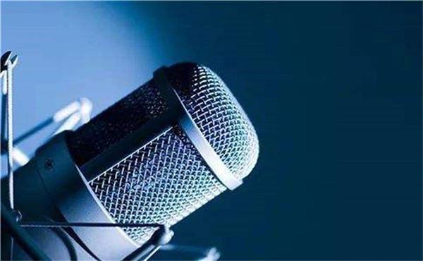 亲和力在播音主持中的作用与提升不可或缺