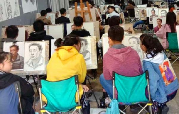 通常情况下,美术生在高考集训的过程中都会遇到这五大问题