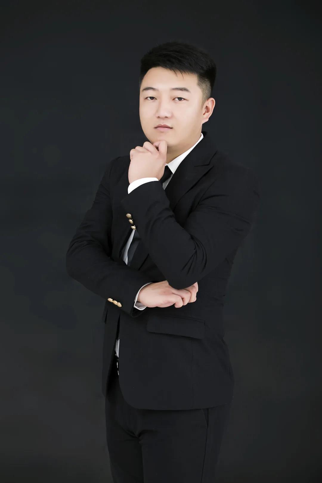 定制设计师赵磊