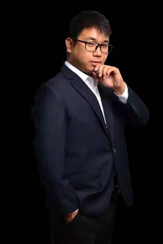 设计部主管王帅