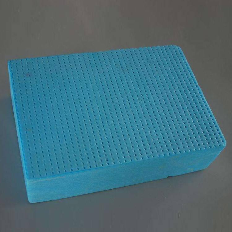 今天四川xps挤塑板告诉你们挤塑板的性能特点