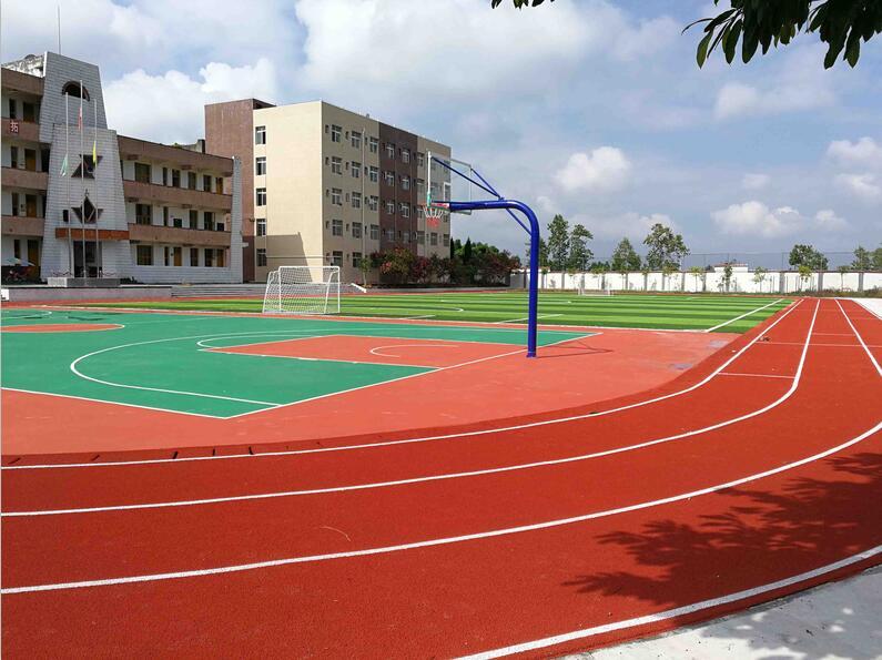 恒升镇中学校合作——塑胶跑道案例