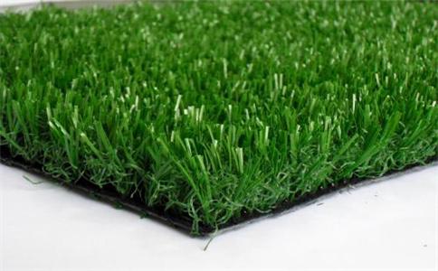 四川塑胶跑道分享怎样根据使用场合选择人造草坪