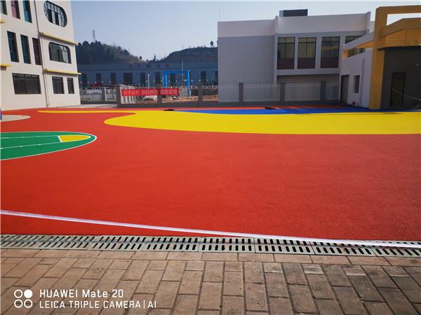 蓬溪县上游幼儿园塑胶案例