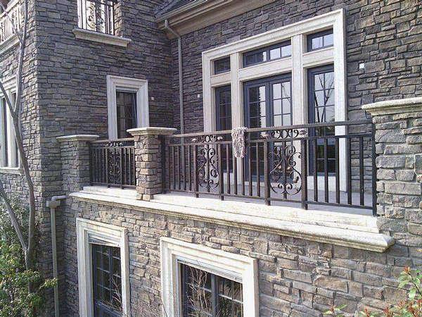 浅述阳台护栏的安装注意事项以及有哪些影响价格因素