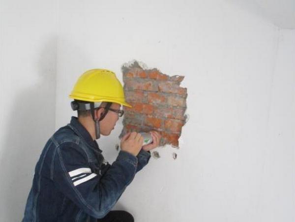 房屋倾斜下沉的原因及安全鉴定的方法看过来!