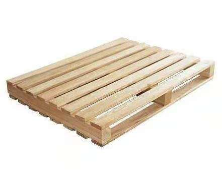 木托盘供应商告诉你塑料托盘和木托盘哪个好?