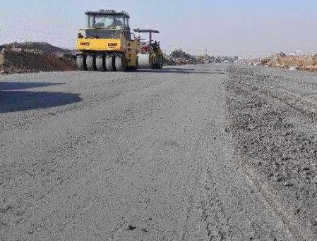 二灰碎石的施工方案及基层混合料施工控制要点
