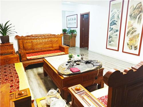 龙泽安会客厅办公环境