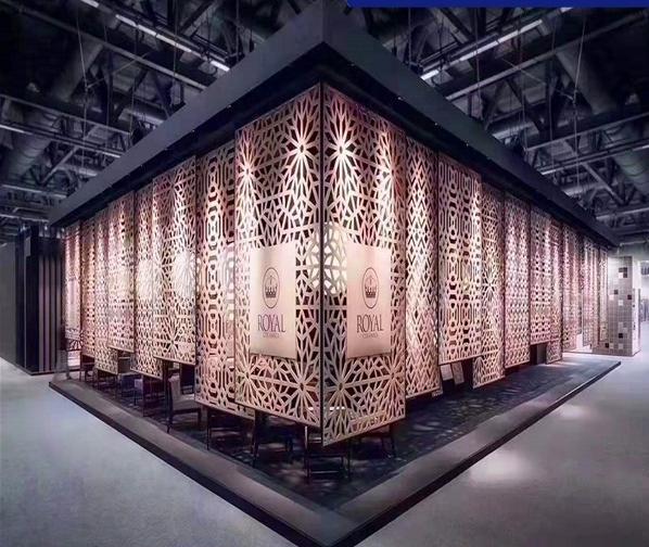 想必大家都想了解雕花铝板这种节能式装饰材料吧