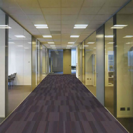办公玻璃隔断可以配置手动百叶或是电动百叶!