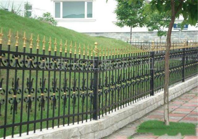 西安铁艺围栏安装
