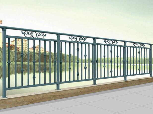 可铸性更好的铁艺栏杆主要用在什么地方