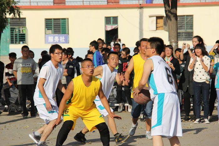 陇原技工学校校园篮球赛