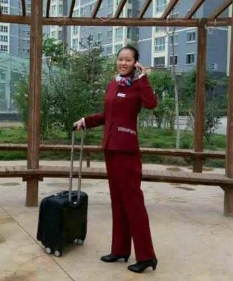 兰州中川机场空乘-王燕