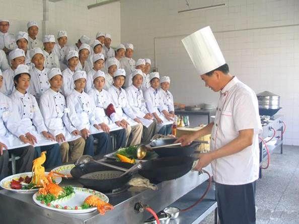 甘肃陇原技工学校专业人才在北京良友大酒店