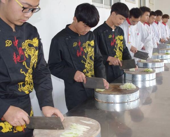 学习烹饪专业的学生可以得到哪些好处