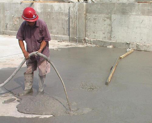 泡沫混凝土在施工过程中出现空鼓现象是什么原因呢?