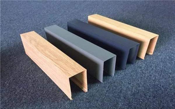 淺談成都鋁方通和鋁方管的區別