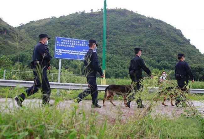 瑞丽市严格管控边境村寨进出,严查边境非法偷渡