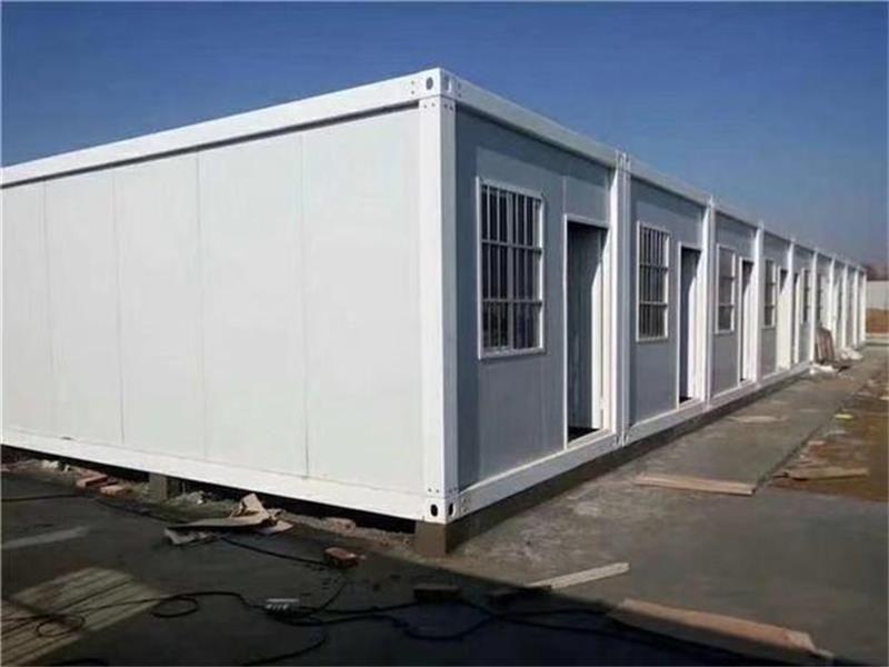 集装箱活动房可以住人吗?做一个集装箱活动房需要多少钱费用?