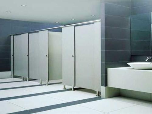 成都卫生间隔断安装厂家为你介绍室内设计师必须了解的3个卫生间隔断知识