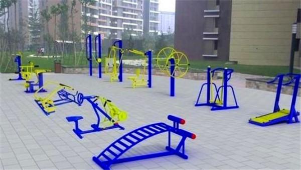 健身器材的种类繁多,那么室外健身场地的健身器材应当如何正确选择