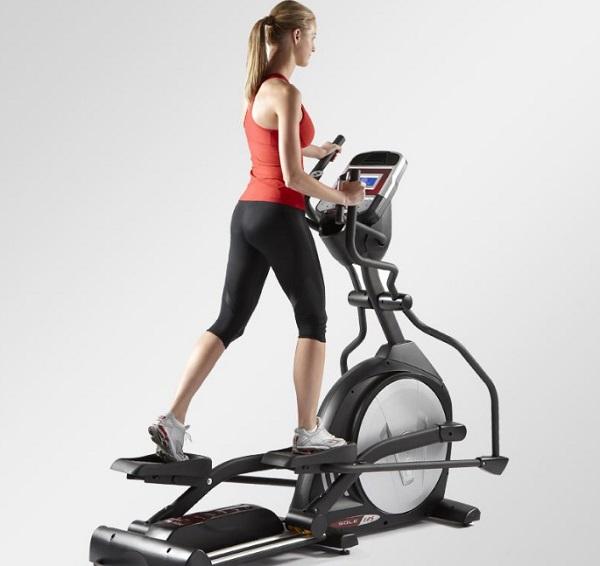 减脂运动使用有氧器械中的登山机应该这样使用