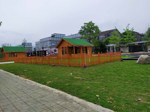 成都防腐木木屋工程图片