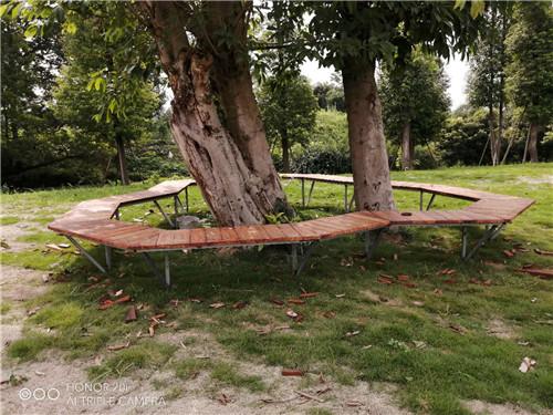 芬蘭木美人靠坐凳和芬蘭木地板