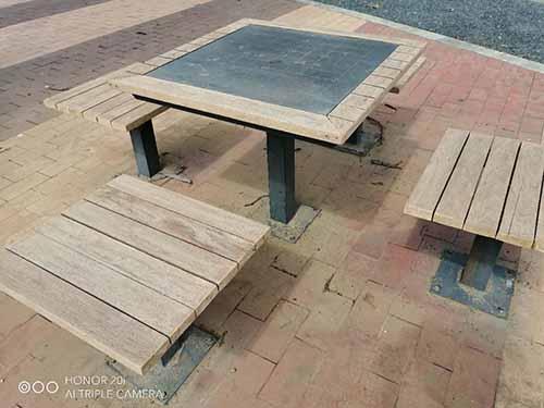 成都防腐木木桌