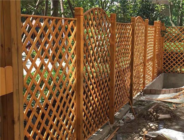眉山防腐木栅栏