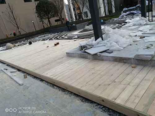 成都防腐木地板安裝現場