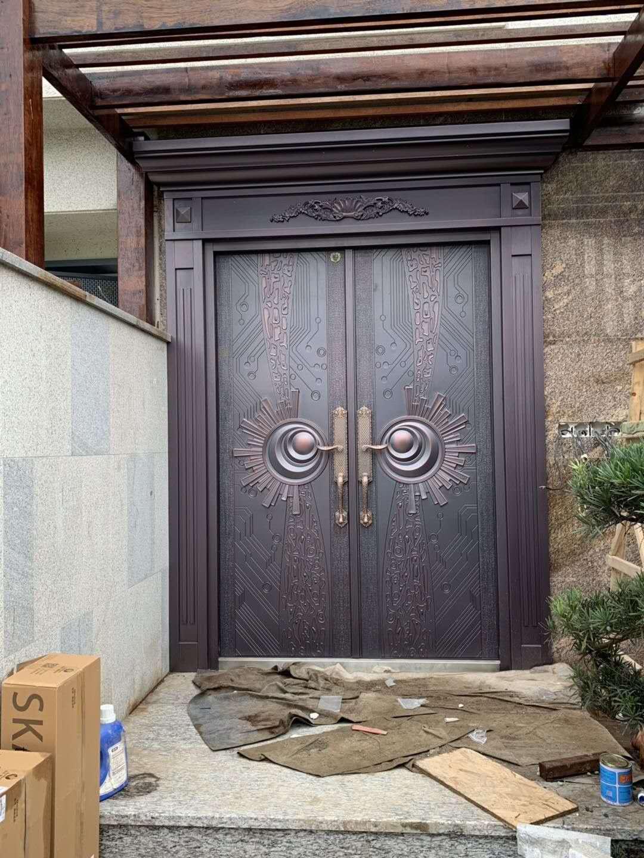 四川铸铝门